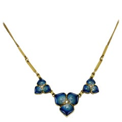 18 Karat Yellow Gold Chain with Enameled Flowers and Diamond Centre