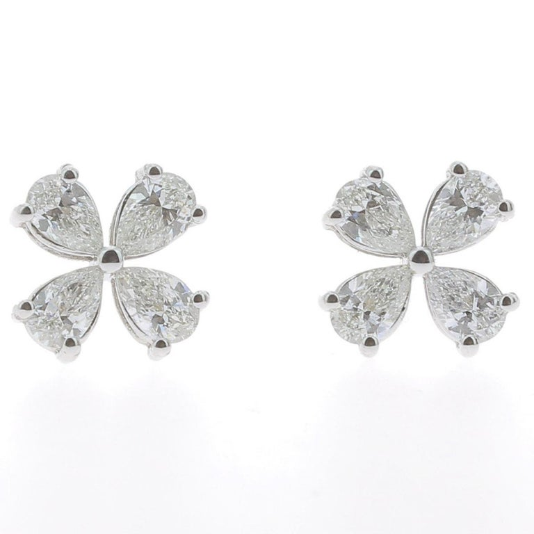 1.20 Carat Lucky Clover Diamond Earrings 18 Karat White Gold GVS For Sale