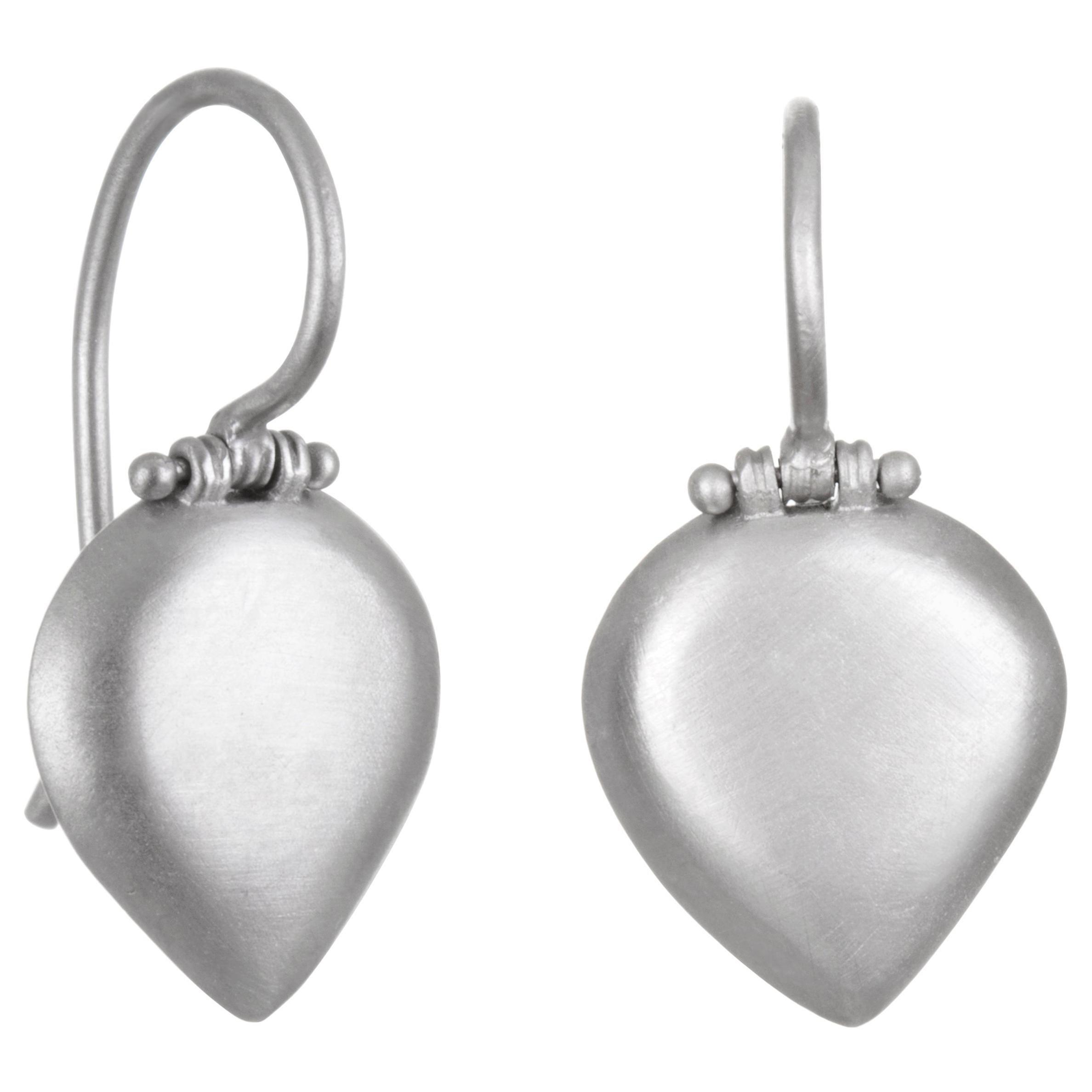 Faye Kim Matte Platinum Pear-Shaped Chiclet Earrings