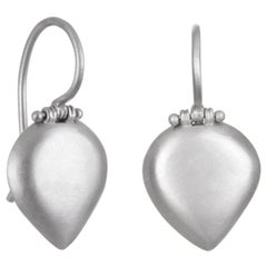 Faye Kim Matte Platinum Pear-Shaped Chiclet Earrings