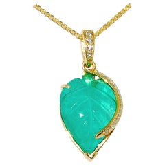 Carved Emerald Leaf in 18 Karat Yellow Gold with Diamond