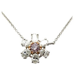 Estate 18 Karat White Gold Pink and White Diamond Daisy Flower Fashion Necklace