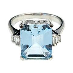 4.20 Carat Aquamarine and 0.13 Carat Diamond 14 Karat White Gold Bridal Ring