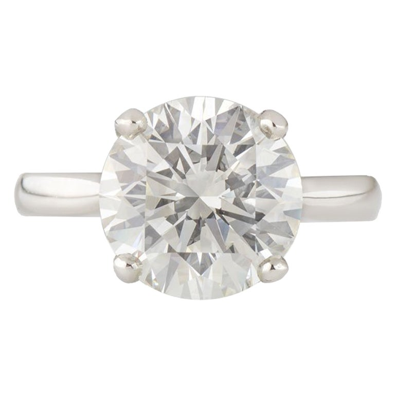 GIA Certified Round Brilliant Diamond Solitaire Engagement Ring 5.01 ct J/VVS2