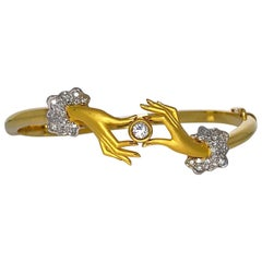 Carrera y Carrera 18 Karat Gold Hands Bracelet with .78 Carat Diamond Cuffs