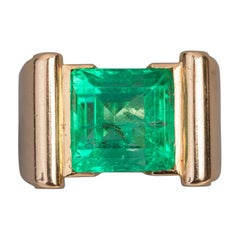 Certified 8 Carat Colombian Emerald Ring