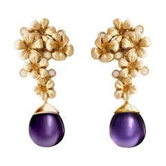 Art Nouveau Blossom Cocktail Earrings in 18 Karat Gold, 0.22 Carat Diamonds