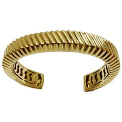 Gold Tiffany Bracelet with Ribbed Design