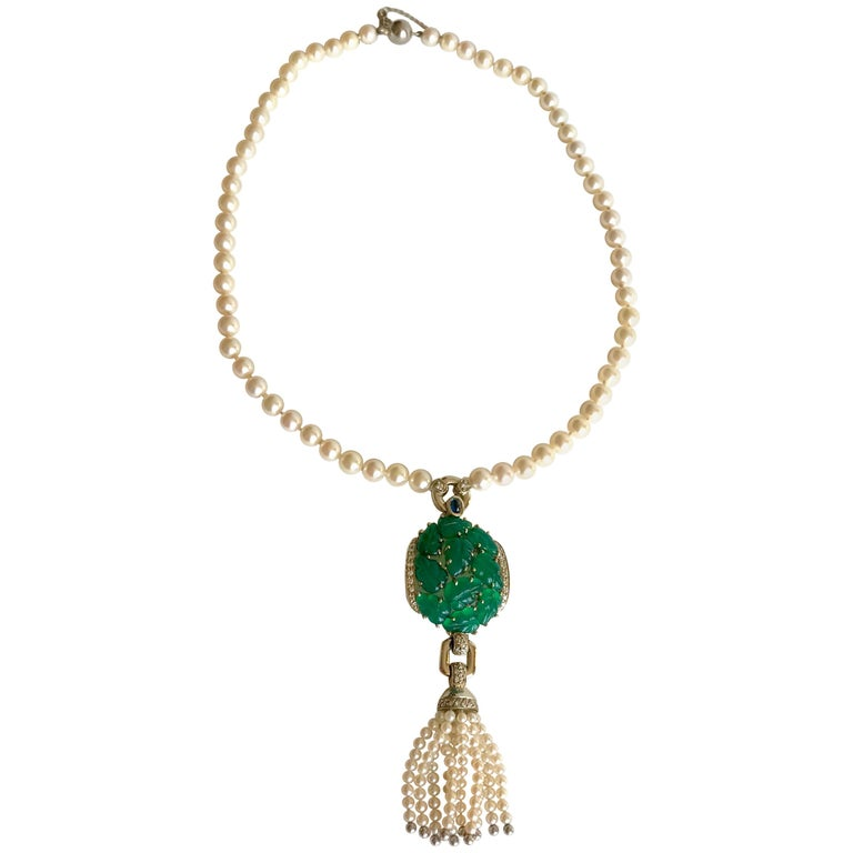 Cartier Necklace in Pearls and Chrysoprases For Sale