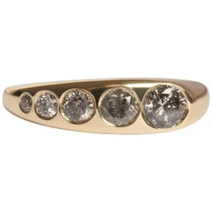 M. Hisae Handmade Flush Set Grey Diamond 14 Karat Gold Tapered Band
