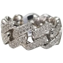 14 Karat White Gold Diamond Pavé Link Ring