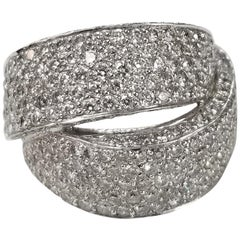 18 Karat White Gold Diamond Pave' Ring