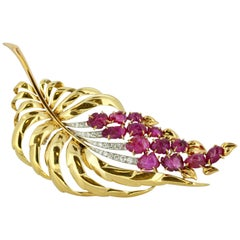 18 Karat Yellow Gold Brooch with Natural Carved Rubies and Diamonds
