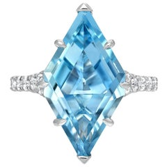 Aquamarine Cocktail Ring 4.74 Carat Shield Modern Diamond Platinum Ring