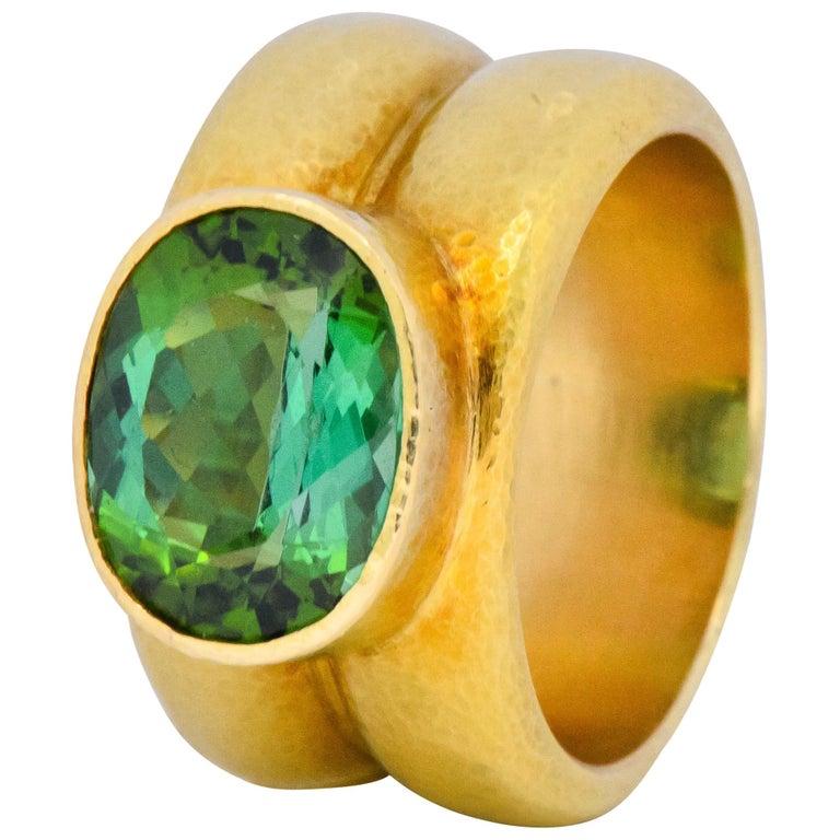 Elizabeth Locke 1980s 4.00 Carat Tourmaline 18 Karat Gold Fashion Ring For Sale