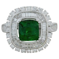 Elegant Tsavorite Diamond Gold Ring