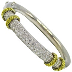 Chic 21st Century Diamond Gold Bracelet