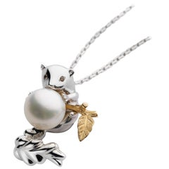 Petronilla 18 Karat Gold Animal Stoat Diamond Australian Pearl Pendant Necklace