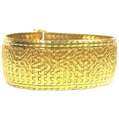 Vintage Wide Yellow Gold Mesh Bracelet