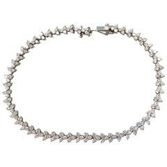 White Diamond Round Tennis Bracelet in Platinum