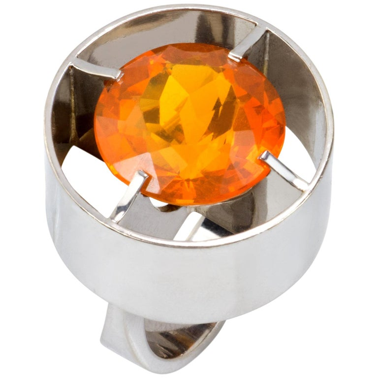 1970s Modern Cylindrical Design Fire Opal and White Gold Ring For Sale