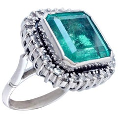15 Carat Art Deco Fine Colombian Emerald Diamond Ring 18 Karat