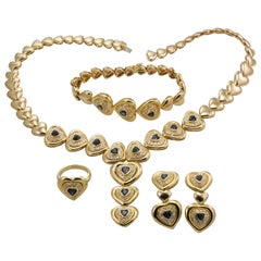 18 Karat Yellow Gold Ladies Heart Designed Sapphire and Diamond 4 Piece Set