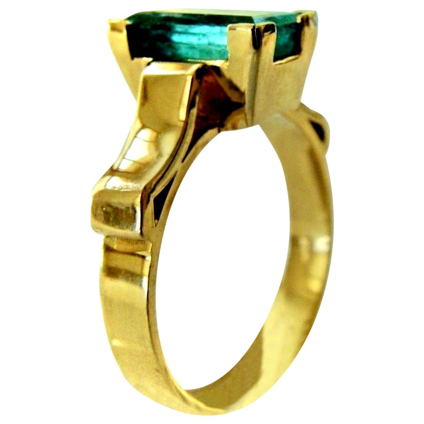 2.0 Carat Emerald Solitaire Ring 18 Karat Yellow Gold