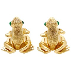Tiffany & Co. 18 Karat Yellow Gold Cabochon Emerald Frog Cufflinks