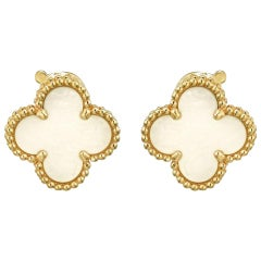 Vintage Alhambra Earrings Van Cleef & Arpels Clover 18 Karat Yellow Gold 14mm