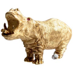 Ruby Diamond Gold Hippopotamus  Pin