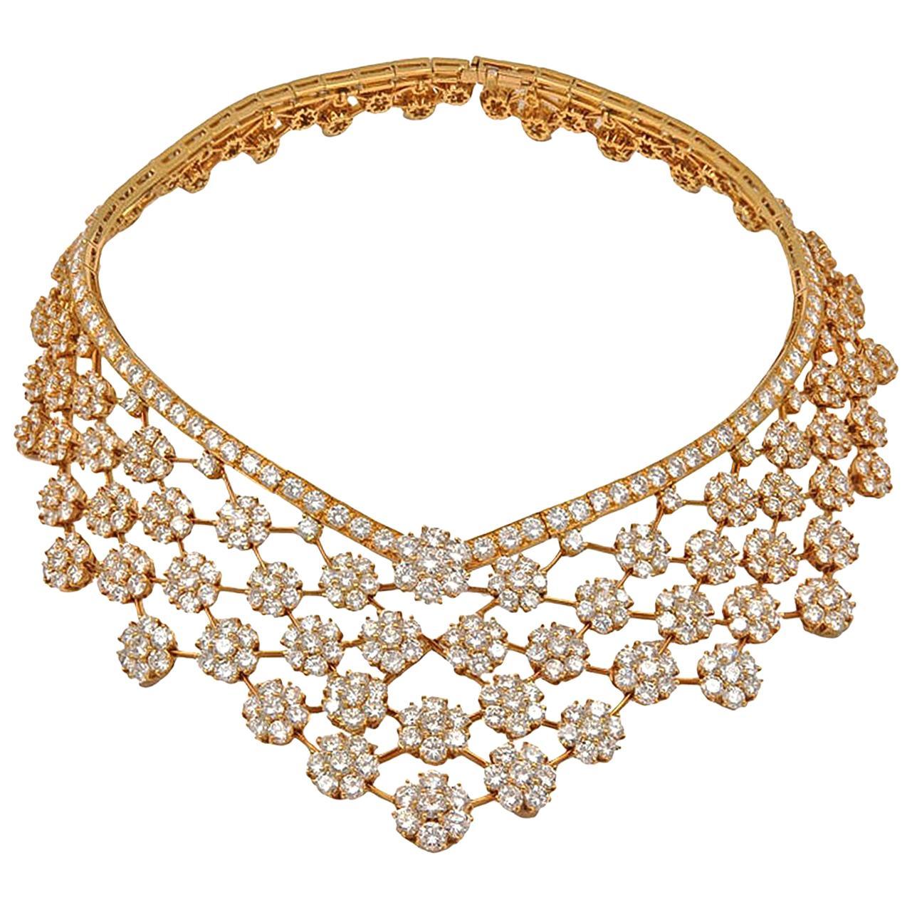 Van Cleef & Arpels Diamond 75 Carat Snowflakes Necklace