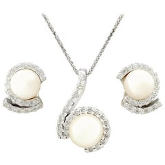 Vintage 1950s 1.27 Carat Diamond Pearl White Gold Earring and Necklace Set
