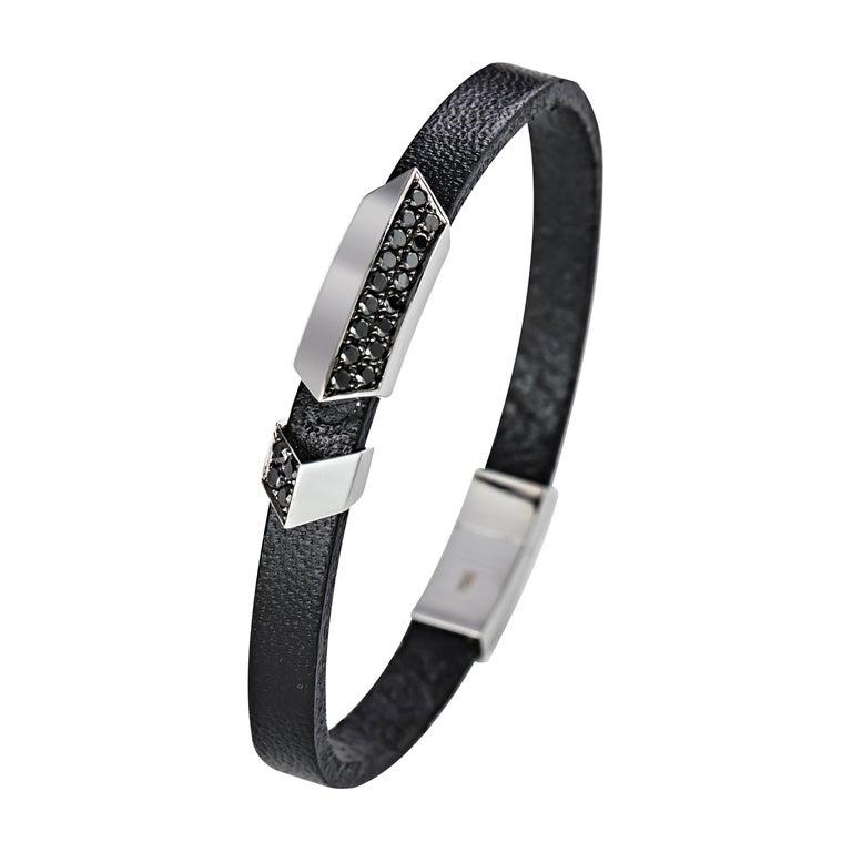 18 Karat White Gold And Rubber Brown Diamond Thorax Men S Bracelet