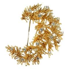 Signed Cartier 1.10 Carat Diamond and 18 Karat Rose Gold Floral Brooch, 1950s