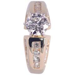 EGL USA Certified VS1, I Diamond Ring, 1.0 Carat Centre 2.0 Carat Total
