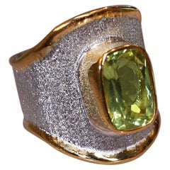 Yianni Creations 4.55 Carat Peridot Fine Silver and 24 Karat Gold Ring