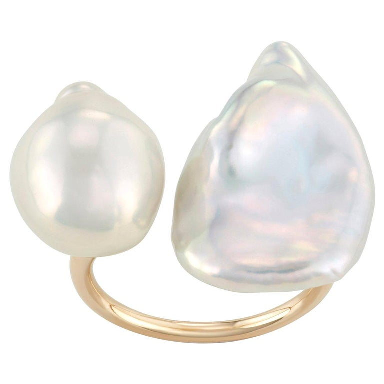 14 Karat Yellow Gold Baroque Pearl Statement Ring For Sale