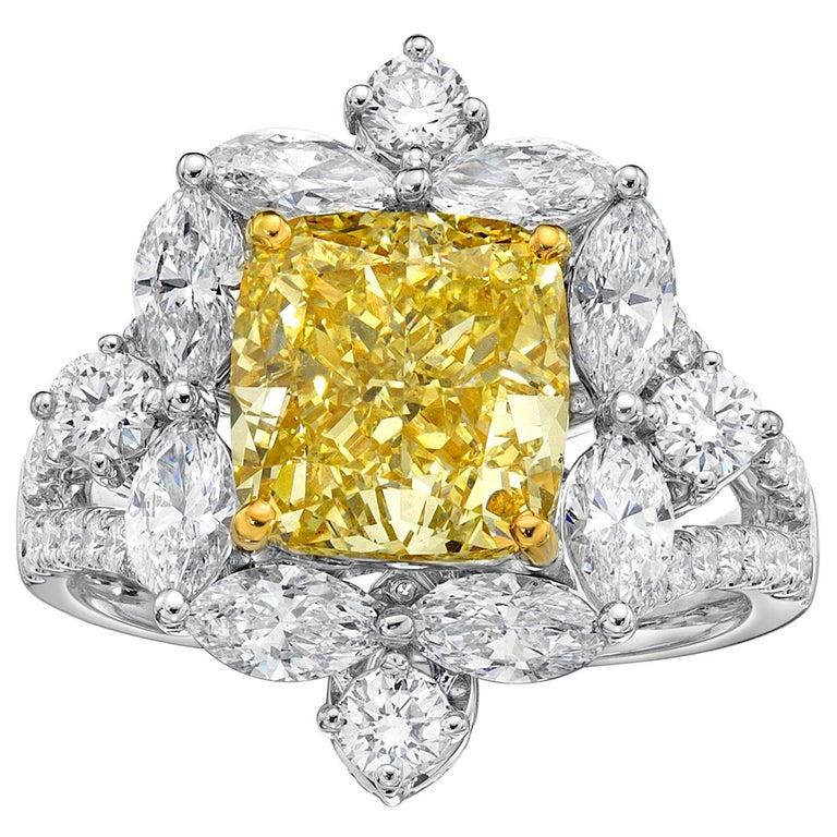 GIA Certified 4.01 Carat Fancy Greenish Yellow Diamond Cushion Cut Ring For Sale