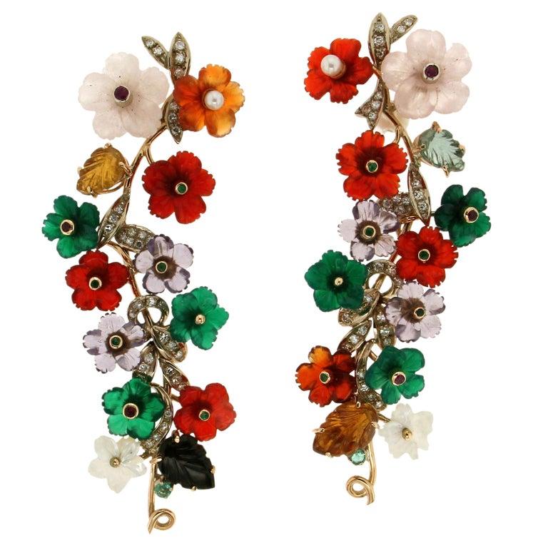 Flowers 14 Karat Yellow Gold Diamonds Stud Earrings For Sale