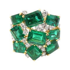 Colombian Emerald and Diamond Ring in 18 Karat Gold