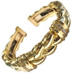 Vintage 18 Karat Yellow Gold Flex Cuff Bangle 0.84 Carat Diamonds Bracelet