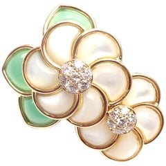 Van Cleef & Arpels Mother of Pearl Chrysoprase Diamond Yellow Gold Flower Brooch