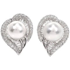 Diamond South Sea Pearl 18 Karat Gold Heart Cluster Clip-On Earrings