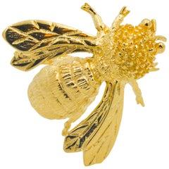 14 Karat Yellow Gold Miniature Bee Brooch