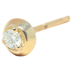 Diamond 14 Karat Gold Formation Circle Mini Stud