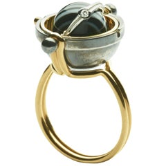 Sphere Ring Onyx by Elie Top