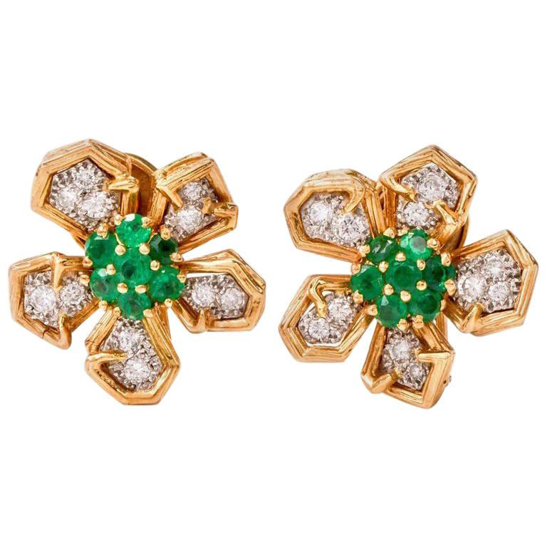 1960s Emerald Diamond 18 Karat Yellow Gold Clip-On Earrings