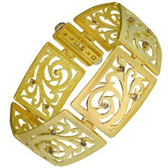 Diamond Yellow Gold Contrast Texture Handcrafted Link Bracelet