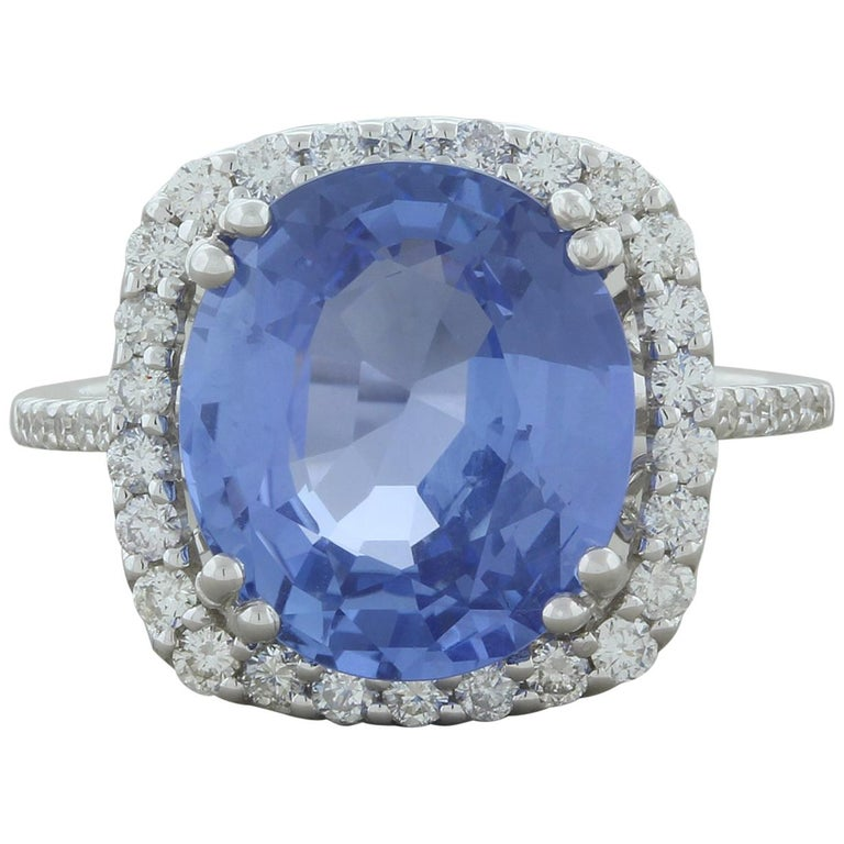 Natural Blue Sapphire Gold Ring, No-Heat Certified For Sale